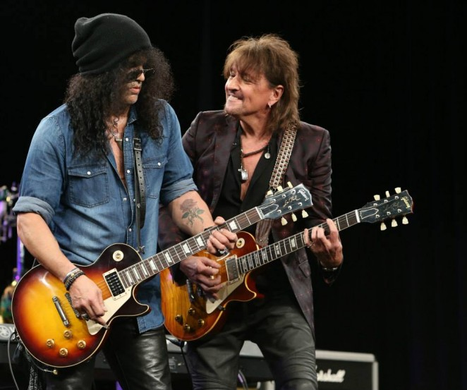 Slash and Richie Sambora (Photo by Jesse Grant/Getty Images for NAMM)